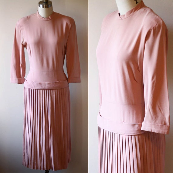 1940s pink crepe dress // pleated dress // vintage day dress