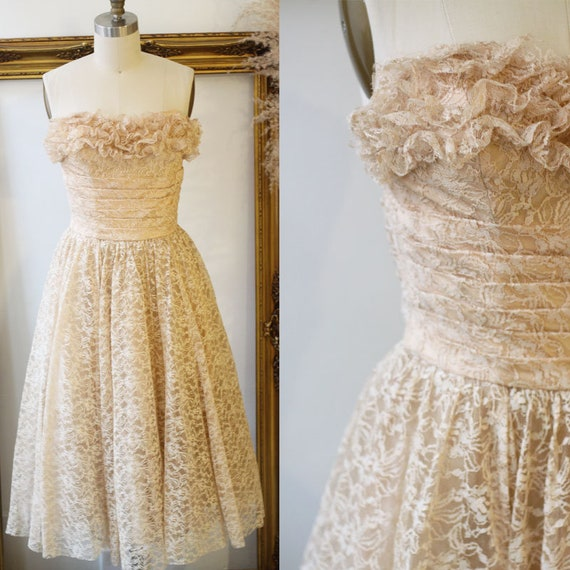 1950s lace ruffle dress // 1950s cupcake prom dress // vintage lace dress