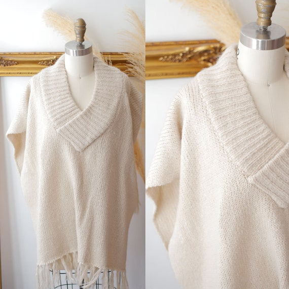 1970s taupe knit poncho // 1970s fringe poncho //