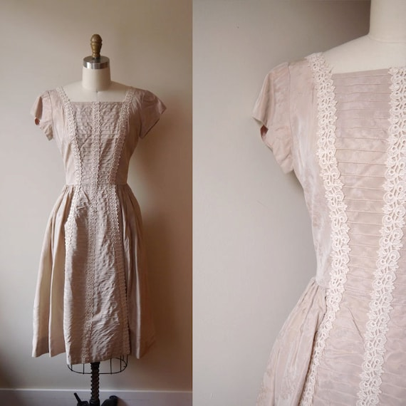 1950s champagne rose dress // brocade // vintage cocktail dress