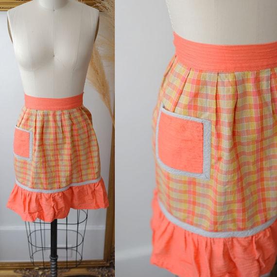 1960s plaid apron // vintage plaid ruffle apron //vintage apron