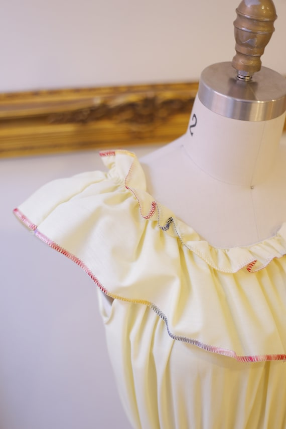 1970s off the shoulder dress // 1970s yellow ruff… - image 5