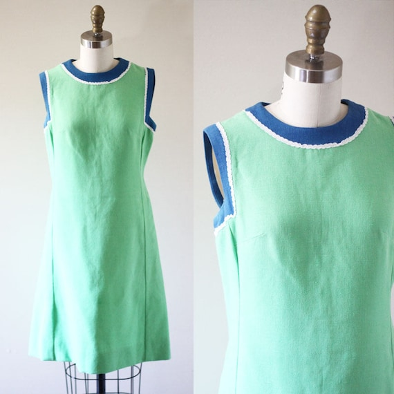 1960s green linen shift dress // Irish linen dress // vintage dress
