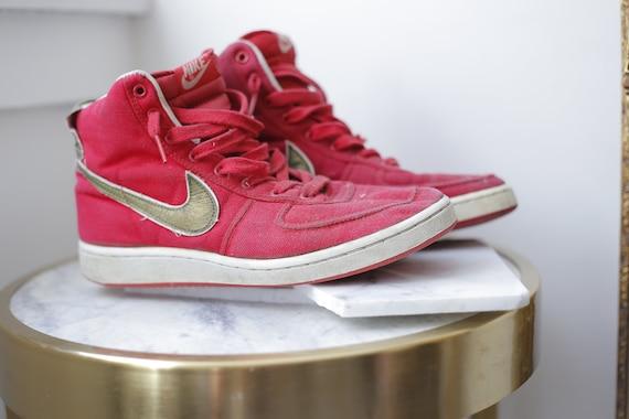 1980s red Nike Air Vandal // vintage Nike Vandals // vintage shoes