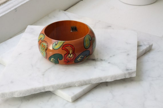 1970s painted wooden bangle // cuff bracelet // vintage jewlery