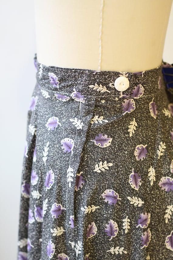 1950s novelty leaf skirt // 1950s grey novelty sk… - image 5