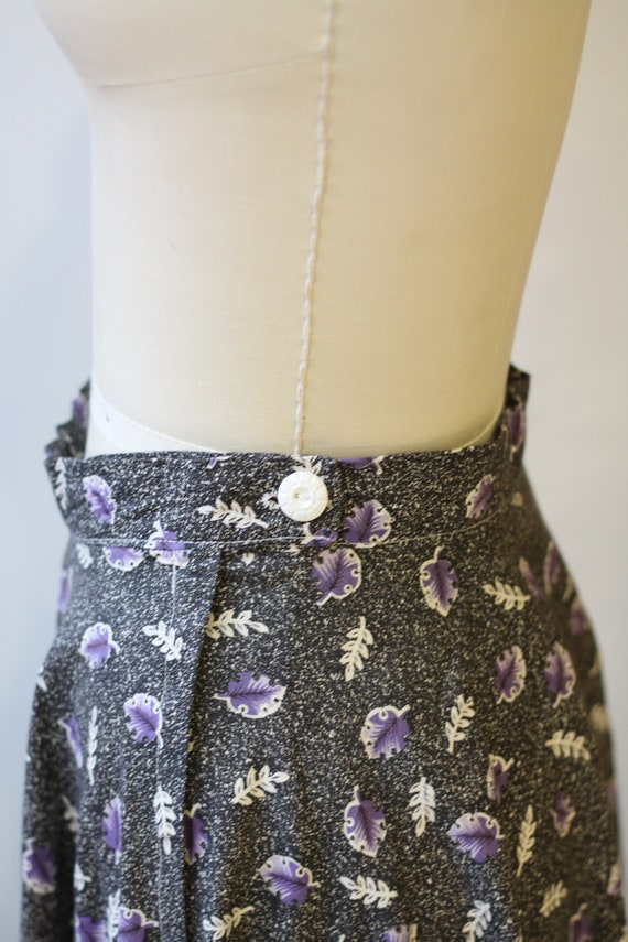1950s novelty leaf skirt // 1950s grey novelty sk… - image 7