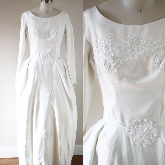 1960s white pearl applique wedding dress  // 1960s wedding dress // vintage bridal dress