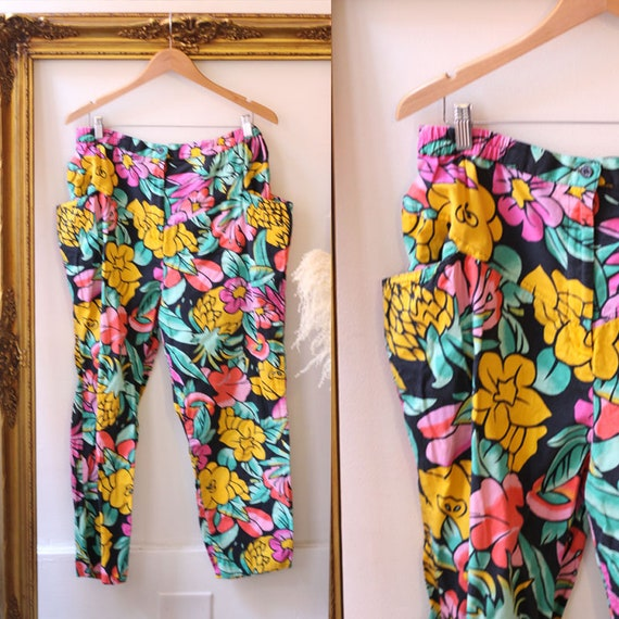 1980s tropical floral pants // vintage wide leg trousers // vintage hammer pants with pockets