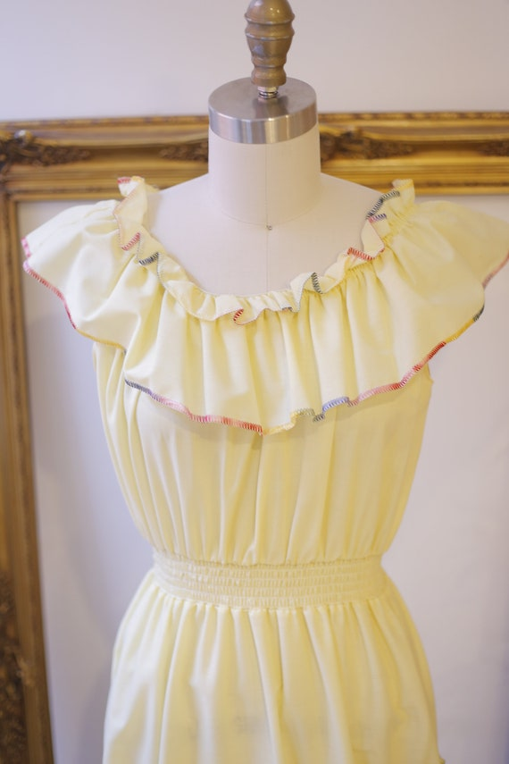 1970s off the shoulder dress // 1970s yellow ruff… - image 3