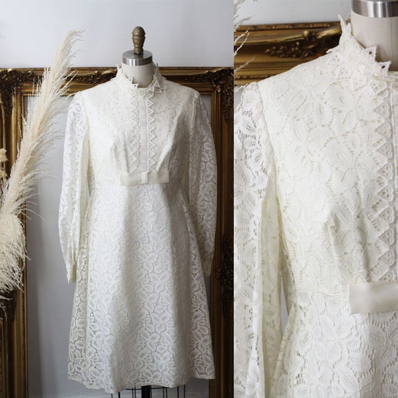1960s long sleeve shift wedding dress  // 1960s lace wedding dress // 1960s mod bridal dress