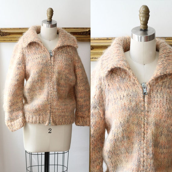 1970s pastel peach thick knit // 1970s sweater jacket // Vintage zip up sweater