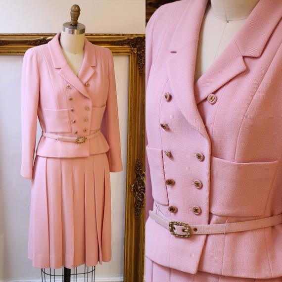 1990s Pink Chanel Skirt Suit // 1990s vintage Chanel // vintage Chanel suit