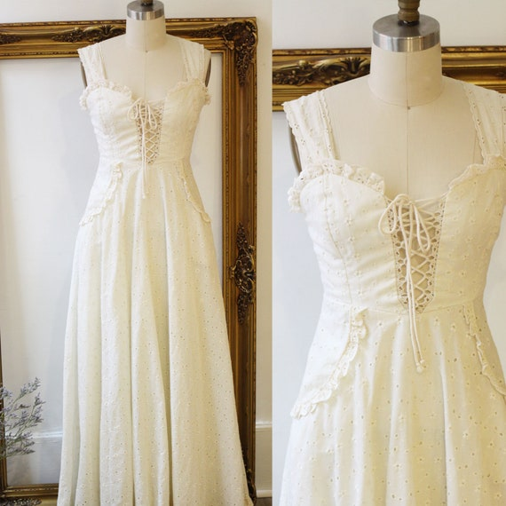 1970s white eyelet maxi dress // 1970s white lace dress // vintage dress
