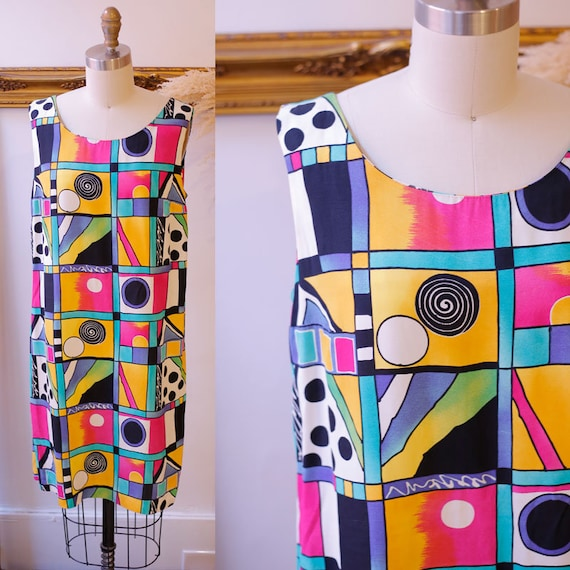 1980s geo print mini dress // 1980s sleeveless shift dress // vintage mini dress