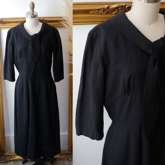 1960s black wool sheath dress //  1960s black dress // vintage casual dress