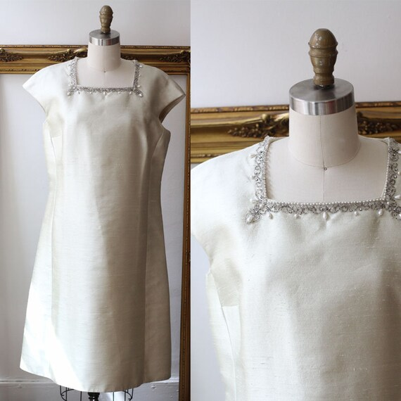1960s silk champagne gown // 1960s beaded collar dress // vintage dress