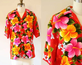 1970s Hawaiin Print Top // 1970s bright floral top // 1970s blouse