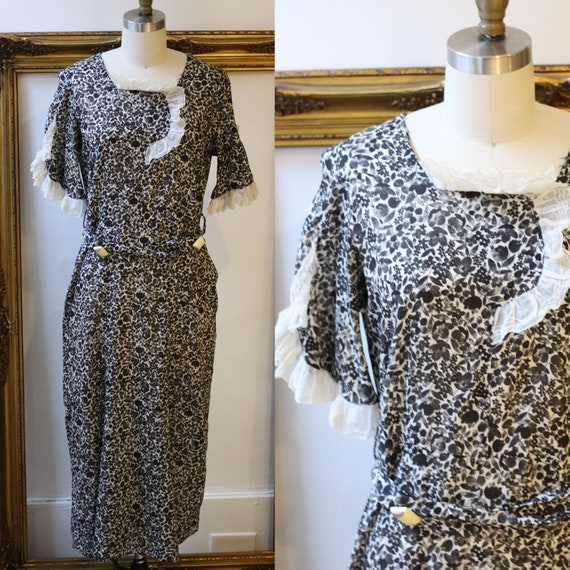 1930s black & white floral belted dress //  1930s floral dress // vintage day dress