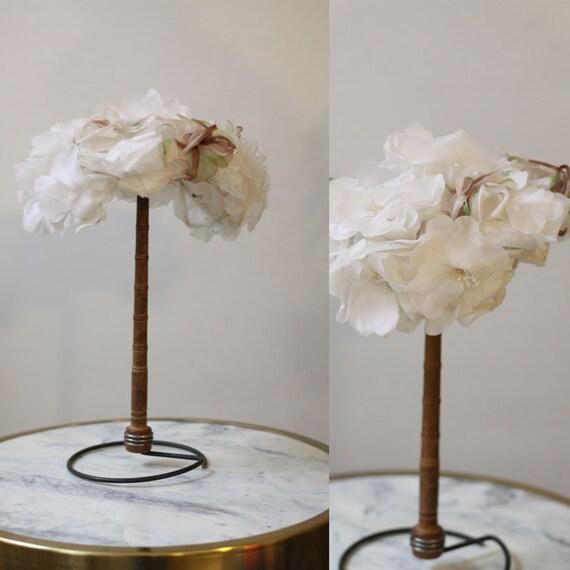 1950s white flower hat // 1950s wedding hat // vintage bridal hat