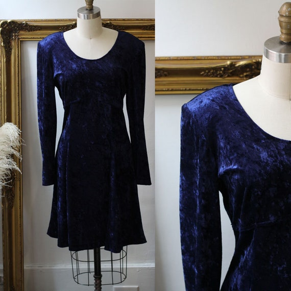 1980s blue velvet mini dress // 1980s blue velvet skater dress // vintage dress