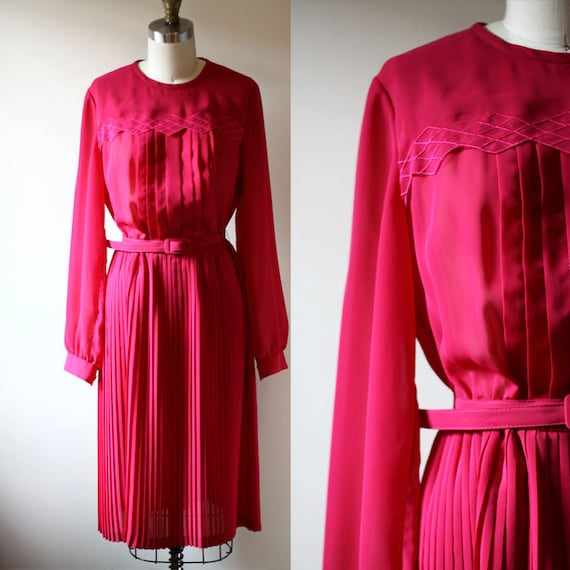 1970s pink dress // longsleeve dress // vintage dress