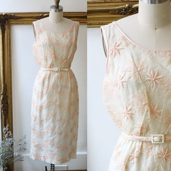 1960s pink embroidered floral dress // 1960s garden dress// vintage floral dress