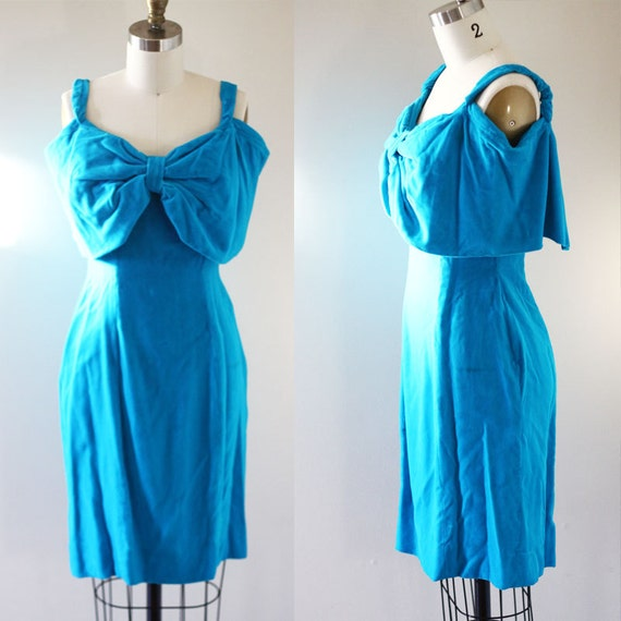 1980s teal velvet dress // velvet mini dress // vintage mini dress
