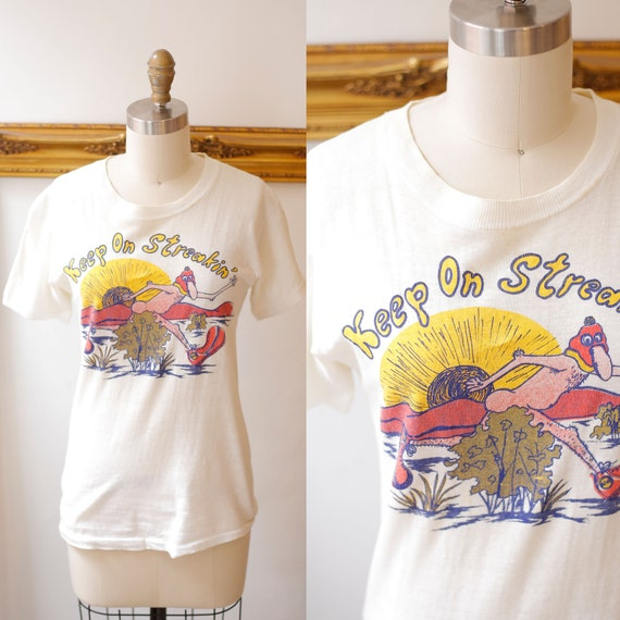 1970s vintage streaking t-shirt // 1970s thin novelty t-shirt // vintage t-shirt