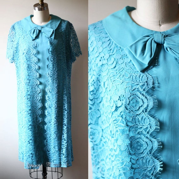 1960s blue lace shift dress // 1960s mod dress // vintage dress