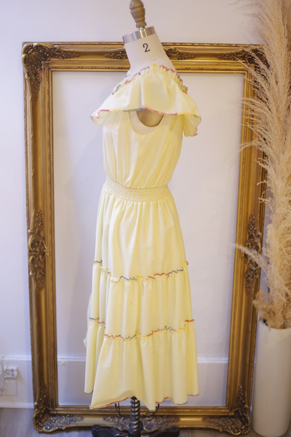 1970s off the shoulder dress // 1970s yellow ruff… - image 6