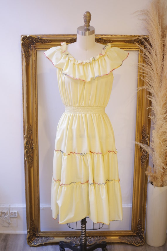 1970s off the shoulder dress // 1970s yellow ruff… - image 2