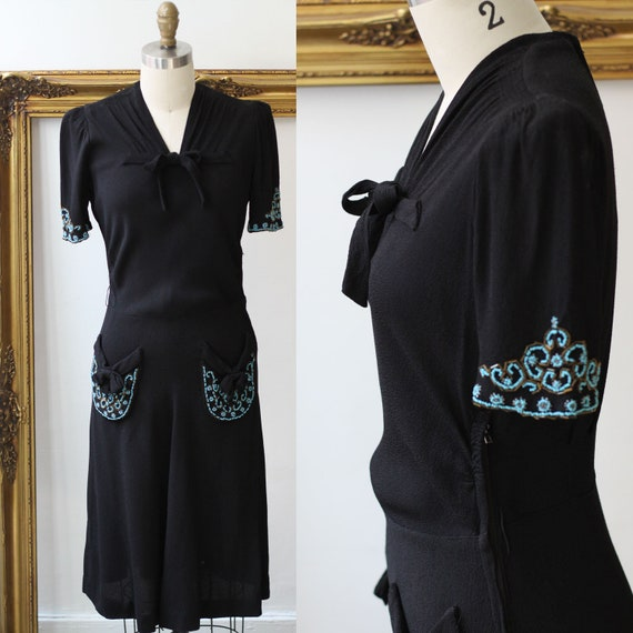 1930s black crepe dress // little black dress // vintage dress