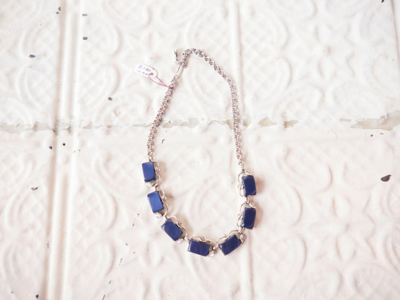 1950s blue glass leaf necklace // costume necklace // vintage jewlery