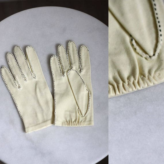 1950s yellow cotton gloves // cocktail gloves // vintage gloves