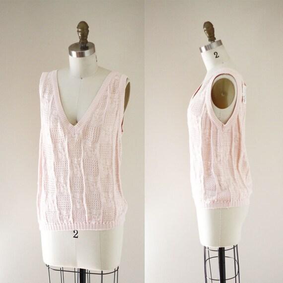 1980s light pink knit tank top //1980s knit tank top // 1980s tank top