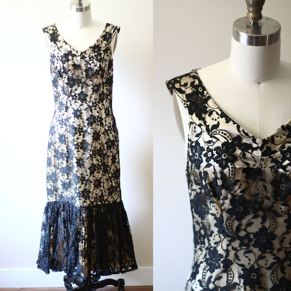 1960s gold and lace dress // 1960s lace dress // vintage cocktail dress