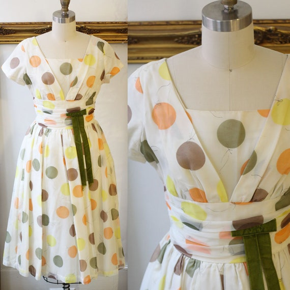 1950s balloon print dress // 1950s novelty print dress // vintage day dress