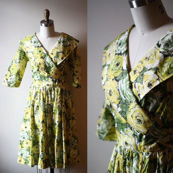 1950s green roses dress // wrap dress // vintage dress