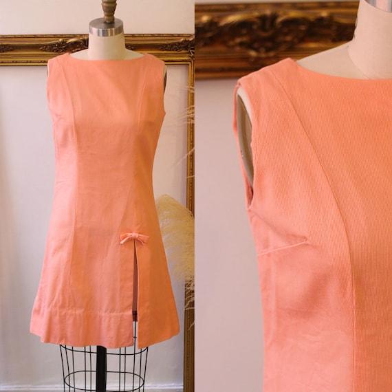 1960s peach mod mini dress // 1960s mod dress // vintage dress