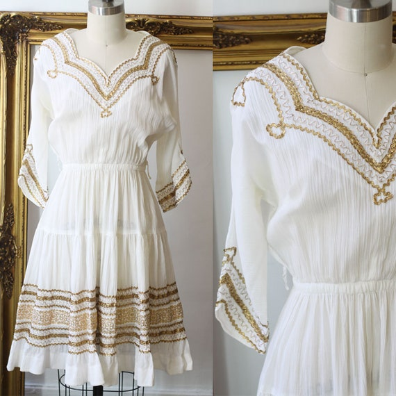 1960s white and gold swing dress // 1960s white dress // vintage dress