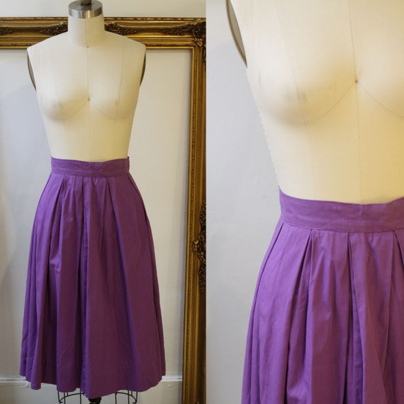 1970s puple pleated skirt // 1970s circle skirt // vintage skirt