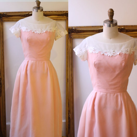 1960s pink formal dress// 1960s gown with large bow// vintage formal dress