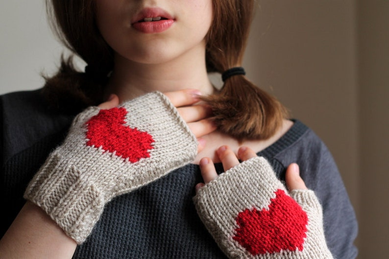 Winter Heart Gloves Christmas Heart gloves Fingerless image 0