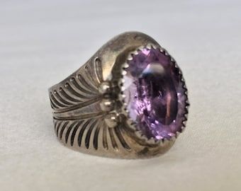 Compelling Vintage Navajo Delbert Gordon Sterling Silver Amethyst Adjustable Ring