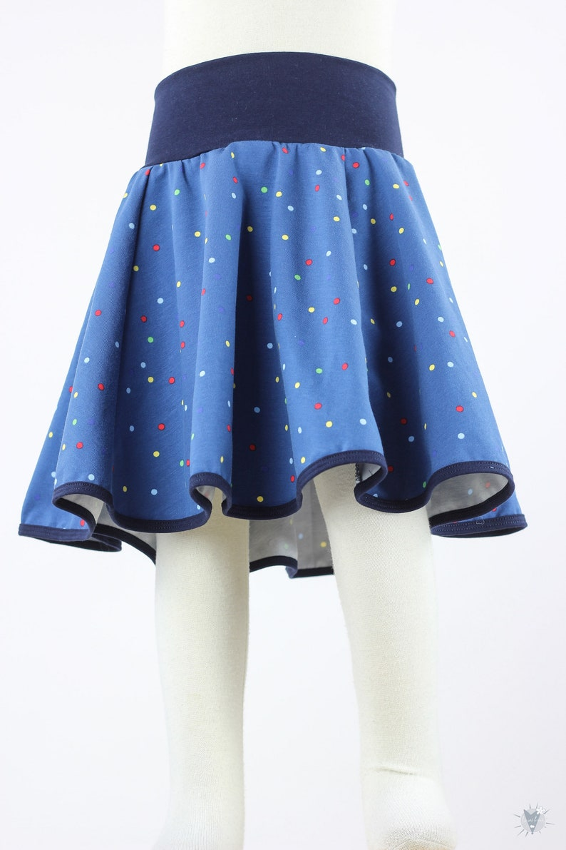 grows long with Children/'s plate skirt with colorful dots on blue from light eco jersey