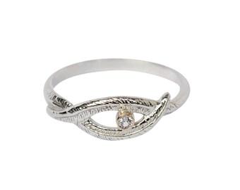 Gewebte Palm Ring mit Saphir, kleine Saphir-Ring, Natur inspiriert Ring, Knoten, Palm Leaf Ring, Ring, weiße Saphir-Ring, 14K Gold Ring