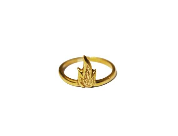 Perfekt Feuer Ring Ring Der Flamme Einfache Ring