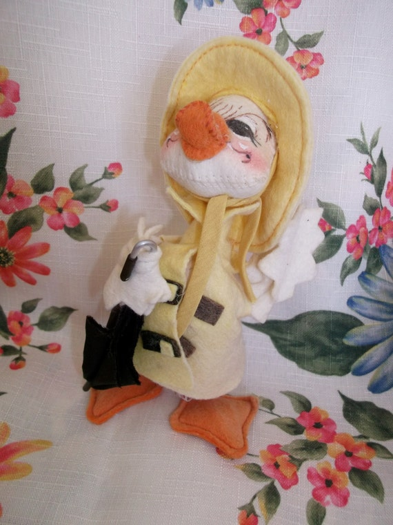 Annalee Mobilitee Yellow Duck With Rain Gear  275631c989ec