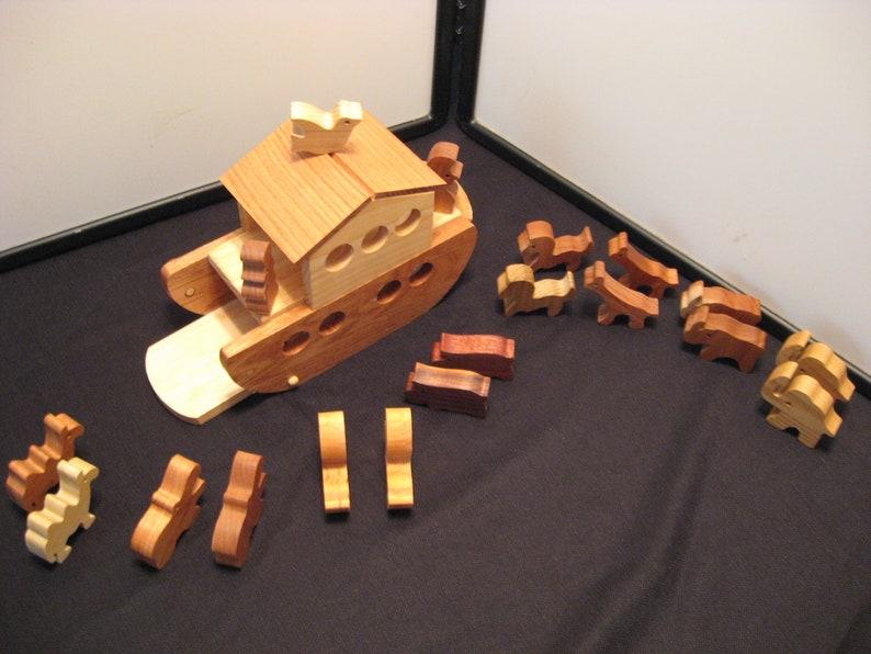 Noah's Ark Wood Play Set image 0
